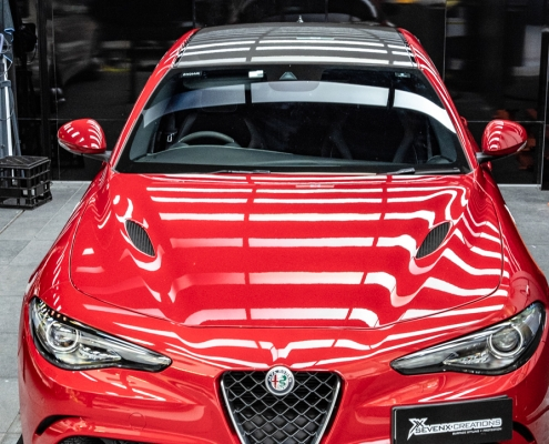 Alfa romeo guila gloss carbon roof wrap