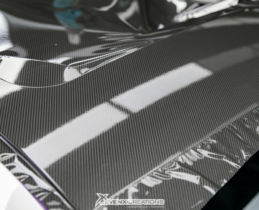 BMW M Competition Gloos Carbon Roof Wrap With Stripes